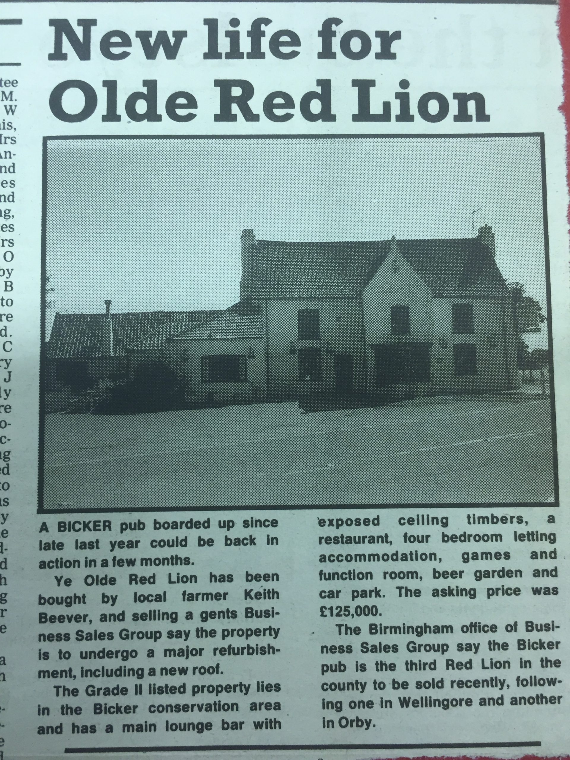 c1960 Boarded up G11 Red Lion re-opened
